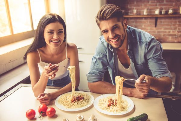 Pasta-Buffet Montag & Mittwoch